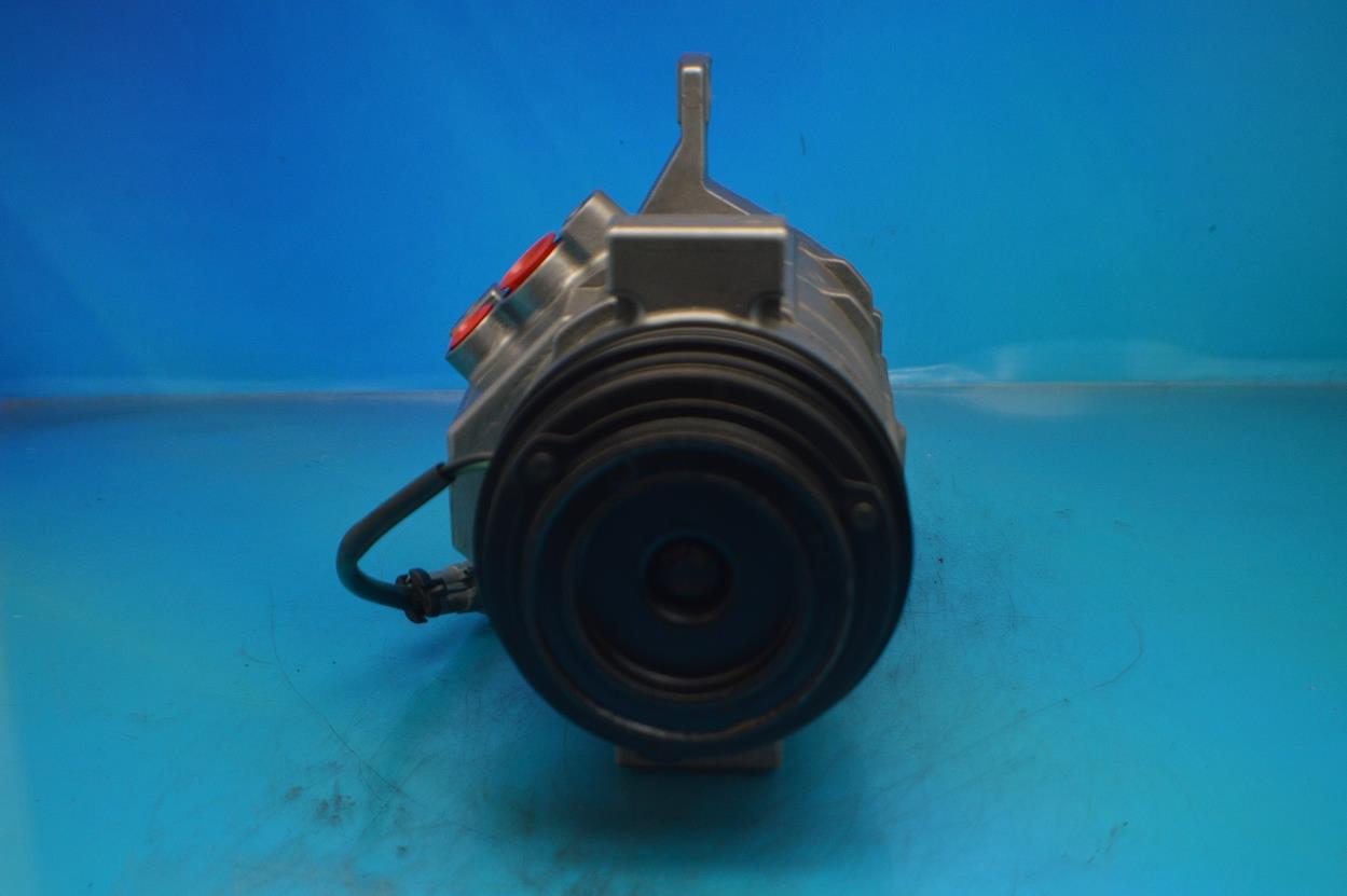 1 year Warranty AC Compressor For Cadillac GMC Chevrolet Hummer R77363