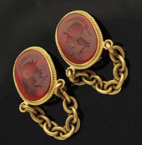 Vahe Naltchayan 18k Gold Intaglio Gold Links Substantial