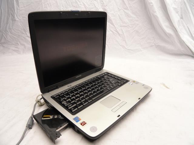 "Toshiba Satellite A65-S1068 15"" Laptop   2.80GHz Pentium 4   512mb PC ..."