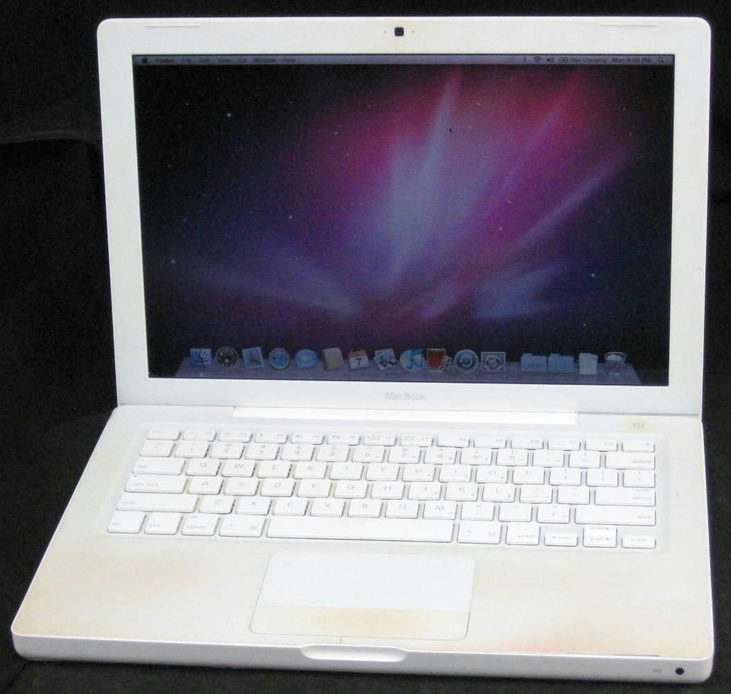 "Macbook 5 2 A1181 And Mavericks: Apple MacBook A1181 13.3"" Core Duo 1.8GHz 1GB RAM 120GB"
