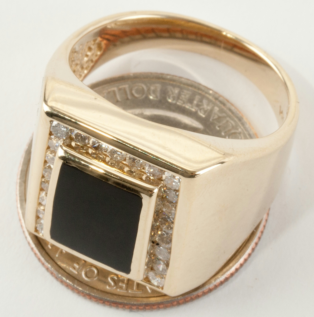 men 39 s 14k yellow gold cushion cut onyx solitaire ring w. Black Bedroom Furniture Sets. Home Design Ideas