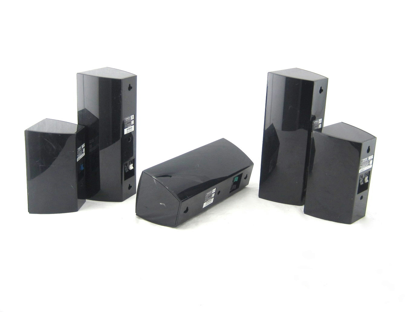set of 5 onkyo 370 home theater speaker system surround sound speakers used ebay. Black Bedroom Furniture Sets. Home Design Ideas