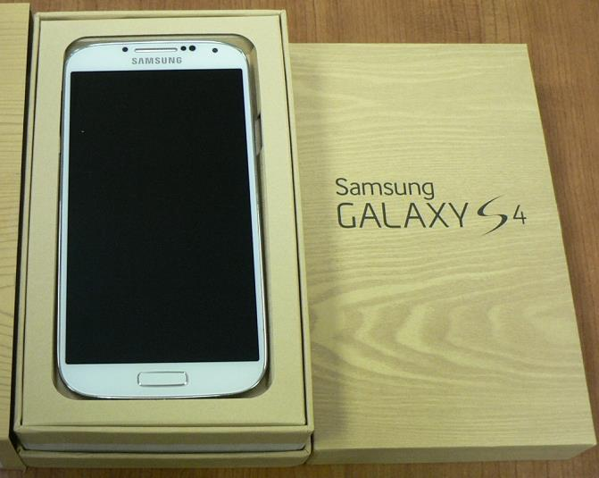 how to clean samsung galaxy s4