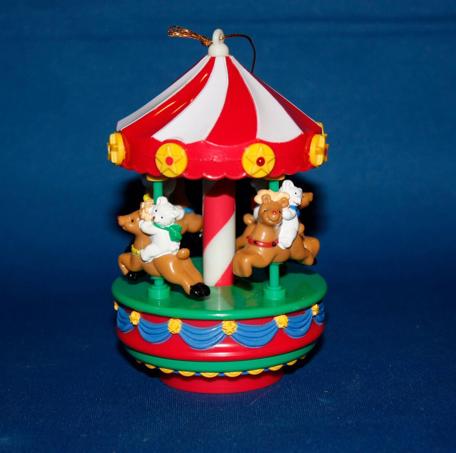 avon gift collection christmas carousel light up muscial ornament acclu ebay. Black Bedroom Furniture Sets. Home Design Ideas