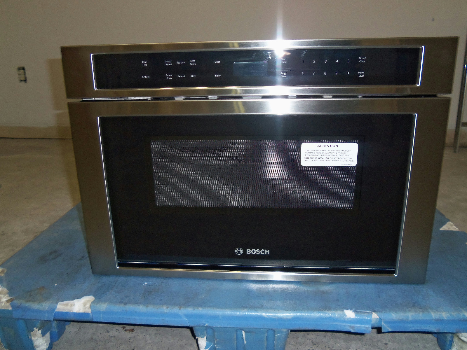 bosch 800 series hmd8451uc 24 built in microwave drawer small flaws ebay. Black Bedroom Furniture Sets. Home Design Ideas