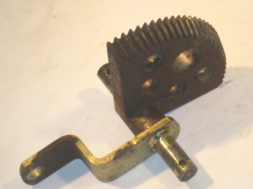 John Deere F525 Pa540a Steering Gear  U0026 Arm M93265 Am106380