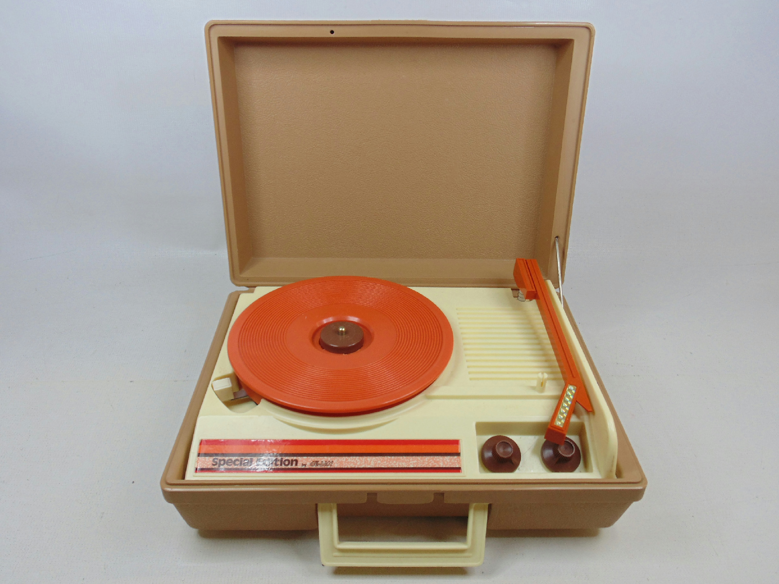 vintage dejay sp30 portable record player works 223 ebay. Black Bedroom Furniture Sets. Home Design Ideas