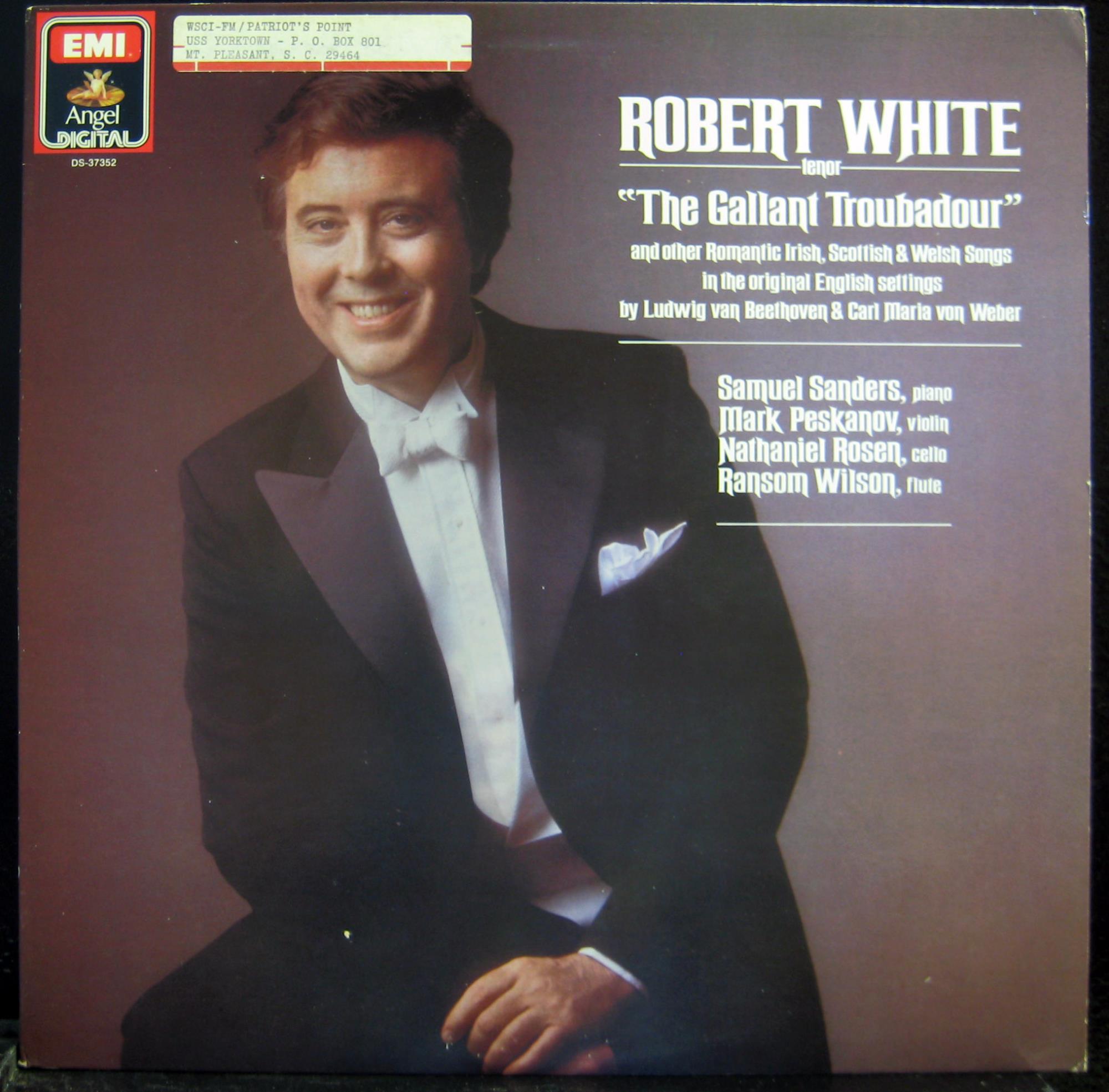 Robert White Sings The American Songbook