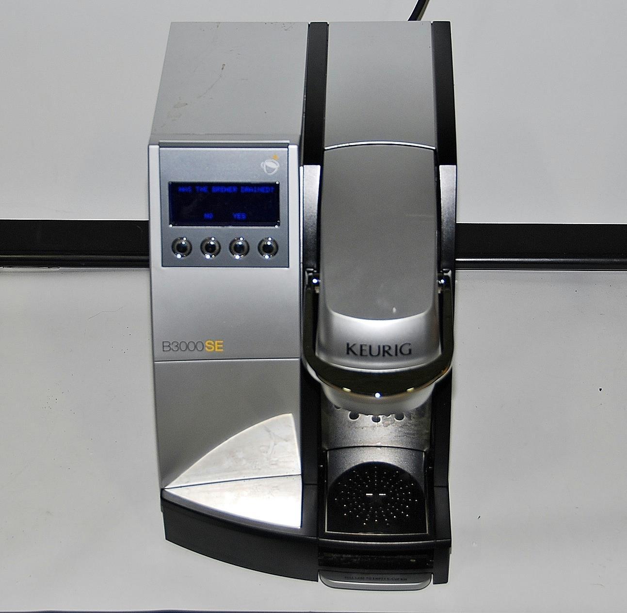 keurig b3000se commercial single serve coffee maker read listing 800121605 ebay. Black Bedroom Furniture Sets. Home Design Ideas