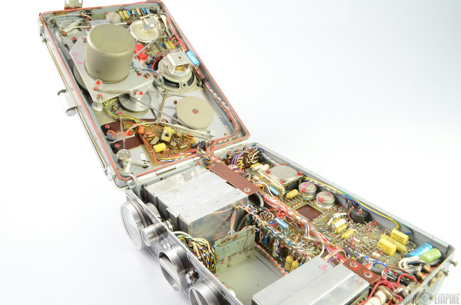 Kudelski nagra iii portable reel to reel tape recorder