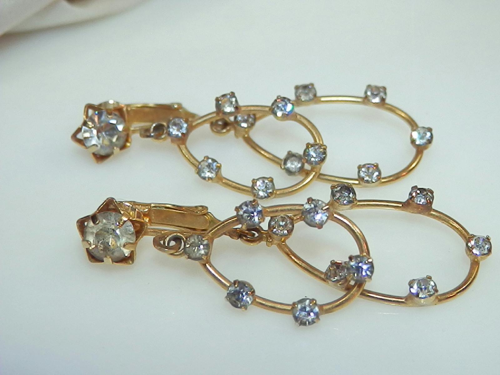 vintage 60 39 s very pretty rhinestone double hoop earrings 63j5. Black Bedroom Furniture Sets. Home Design Ideas