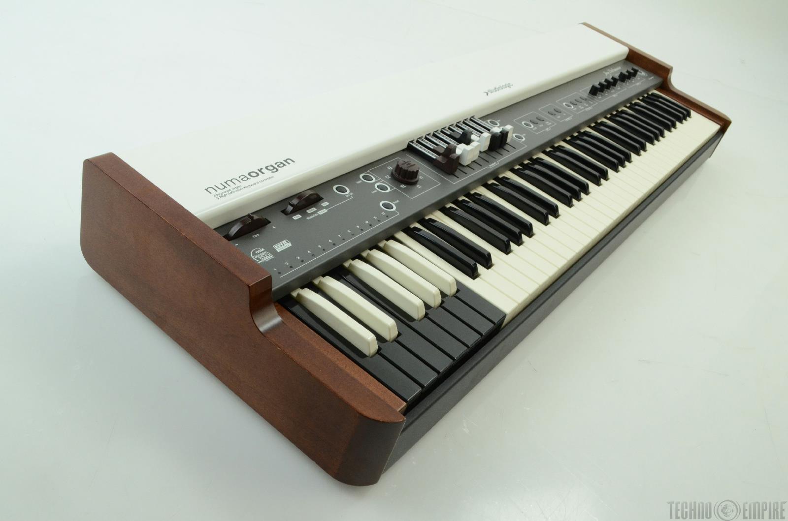 studiologic numa organ integrated organ hd keyboard controller new 20716 ebay. Black Bedroom Furniture Sets. Home Design Ideas