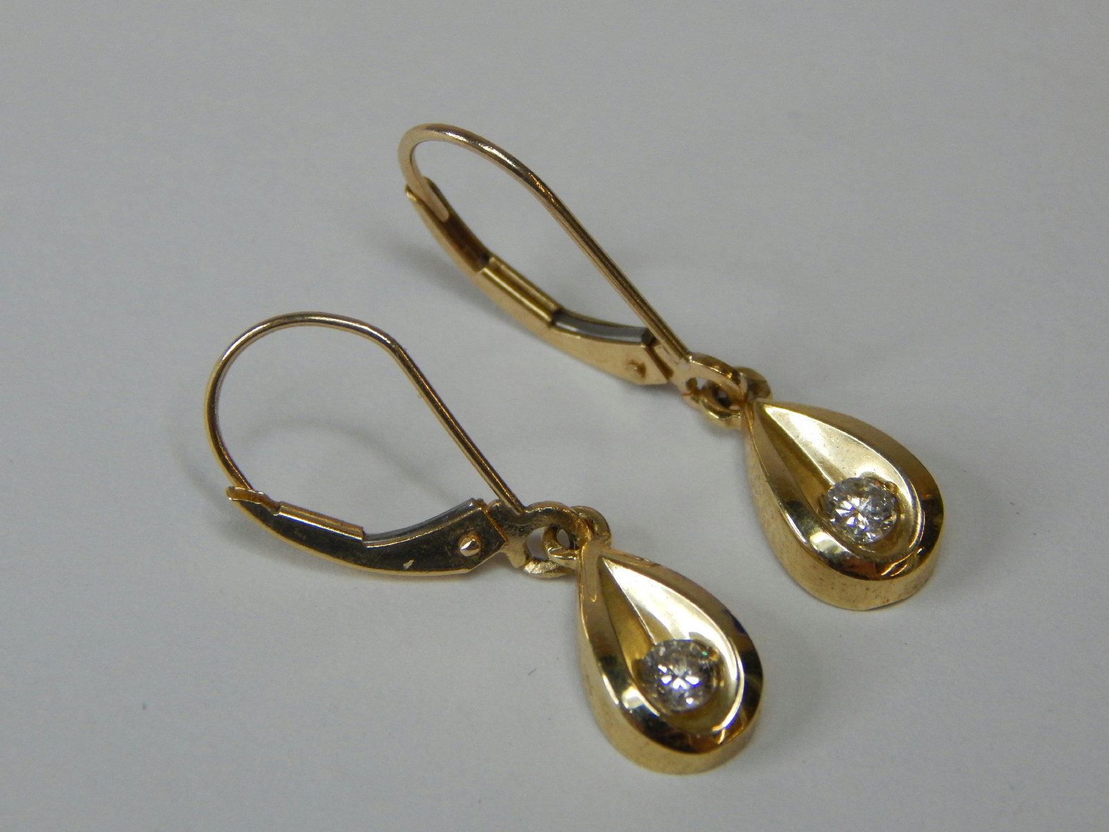 tested 14k yellow gold jewelry lever back dangle earrings. Black Bedroom Furniture Sets. Home Design Ideas