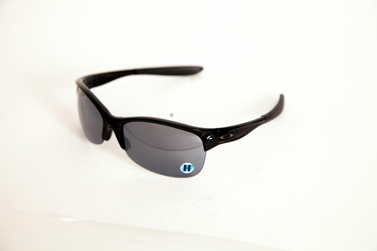 e29683efaef Do Oakley Sunglasses Come With A Case
