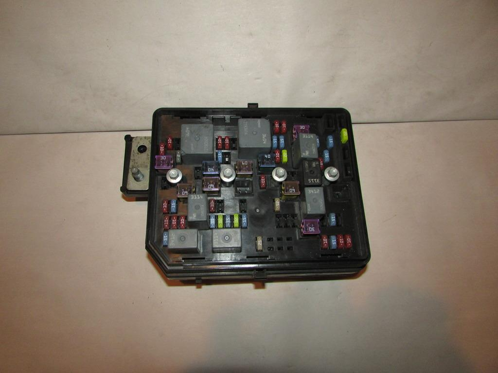 similiar traverse fuse block keywords 2011 chevy impala fuse box autos post