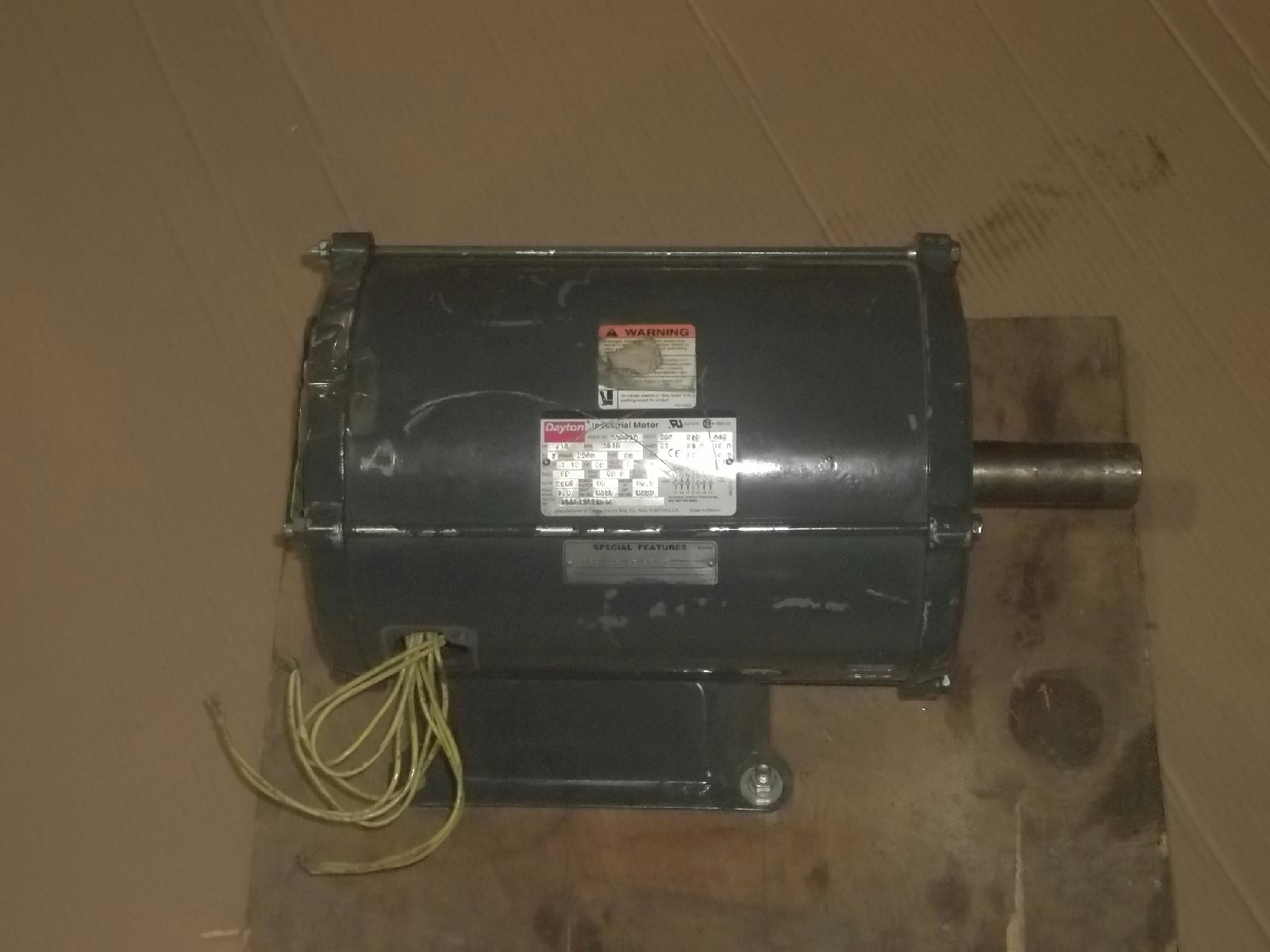 Dayton 3 phase 10 hp industrial motor 3n003a ebay for 10 hp 3 phase motor