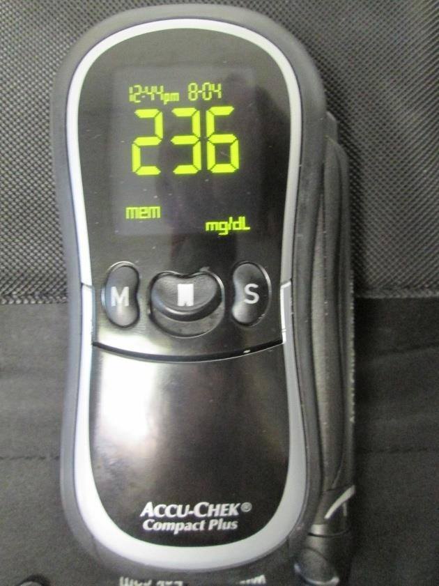 Accu Chek Model Gt Compact Plus Blood Glucose Meter Kit W