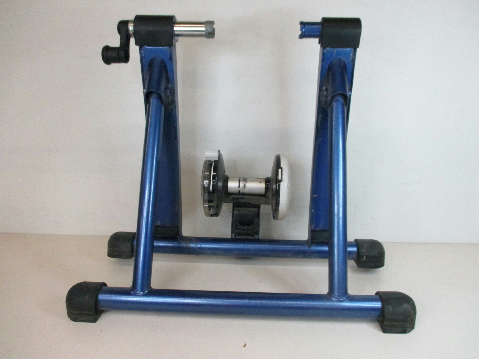 how to make a bike trainer stand