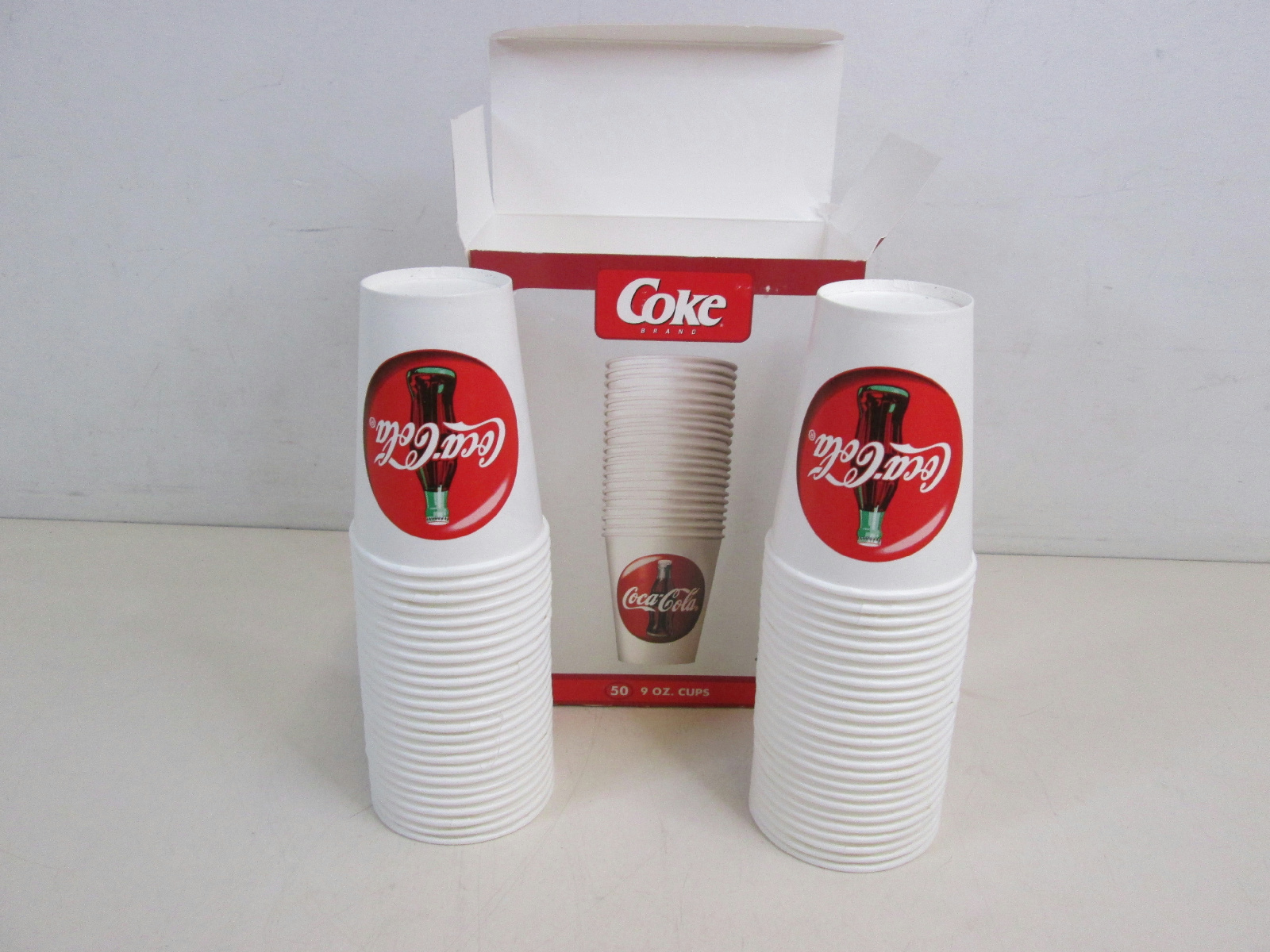 coca cola oligopoly essays Differentiating between market structures simulation 2 differentiating between market structures coca-cola company is one of the world's an oligopoly is a.