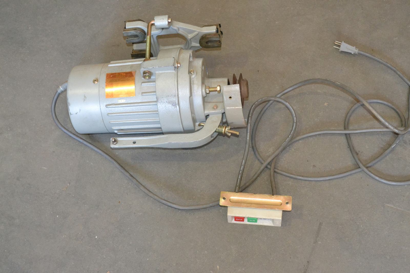 Rex 514 industrial sewing 1 2hp clutch motor 1 phase 5 for 5 hp 110v electric motor
