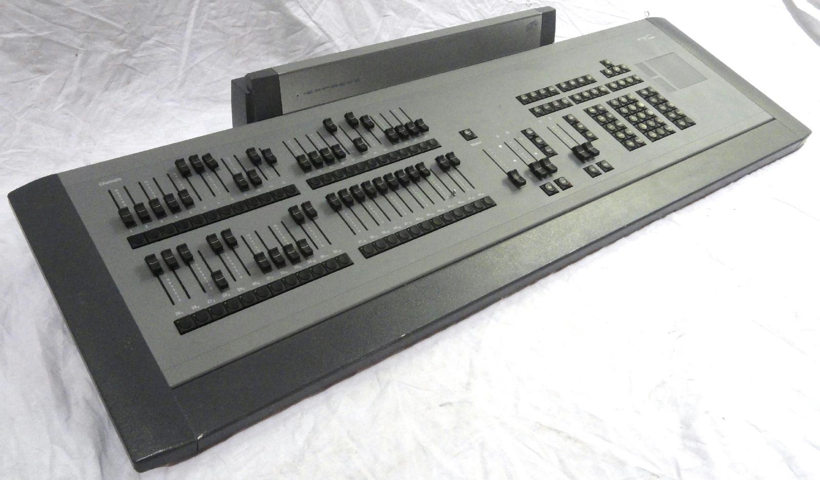 electronic theatre controls etc 4110a1005 express 2448