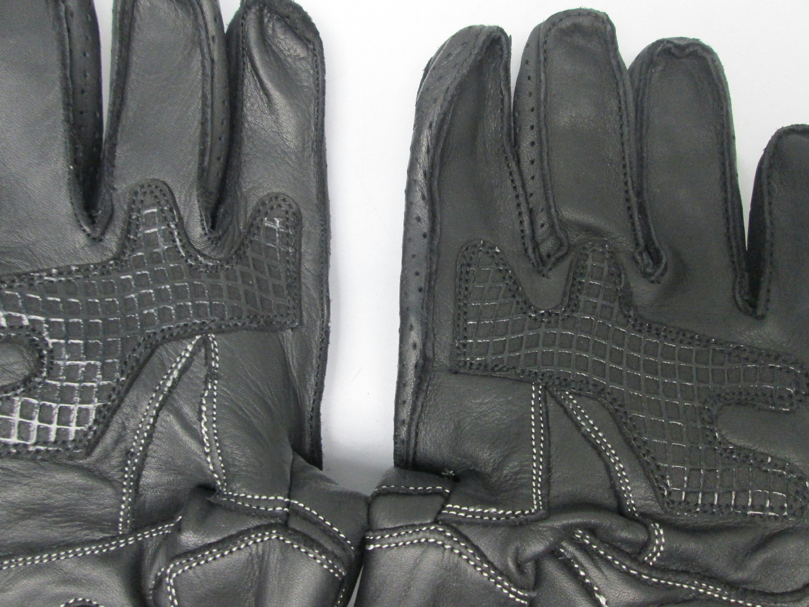 Diavolo leather motorcycle gloves - Condition Display Model And In Excellent Condition