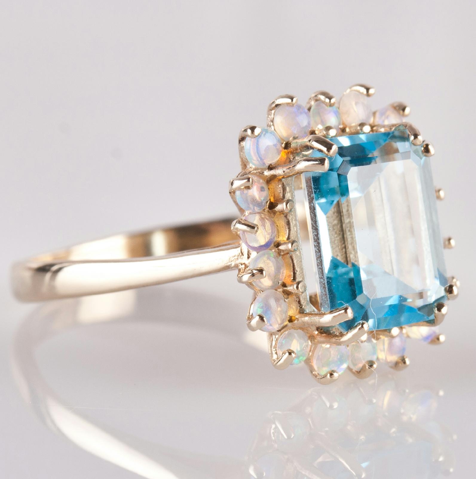 18k yellow gold emerald cut blue topaz opal cocktail