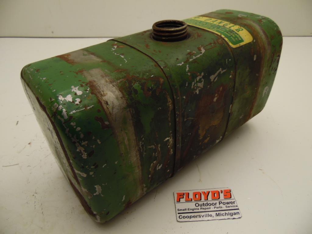 Fuel Tanks For Tractors : John deere lawn garden tractor fuel tank am ebay