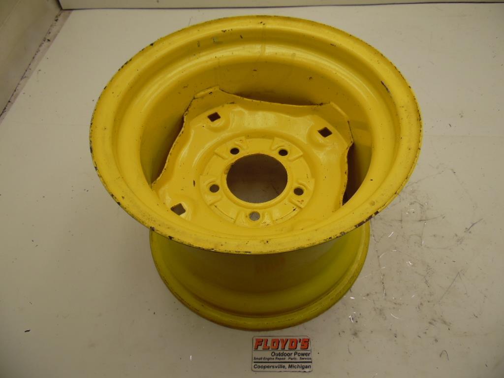 John Deere Tractor Rear Rims For 2010 : John deere gt lawn tractor rear rim wheel am