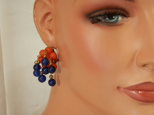 Cute-Red-And-Blue-Lucite-Clip-Dangle-Cha-Cha-Earrings-115MY6 thumbnail 2