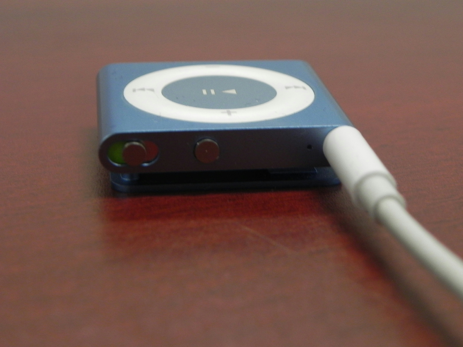 apple ipod shuffle 4th gen wheel voiceover 2 gb ebay. Black Bedroom Furniture Sets. Home Design Ideas