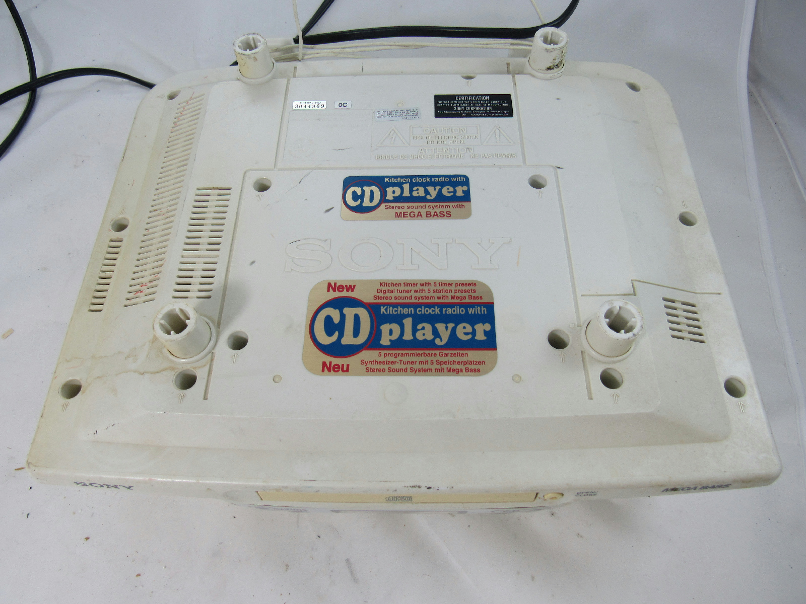 Sony Kitchen Radio Cd Player With Mega B Model Icf Cd533