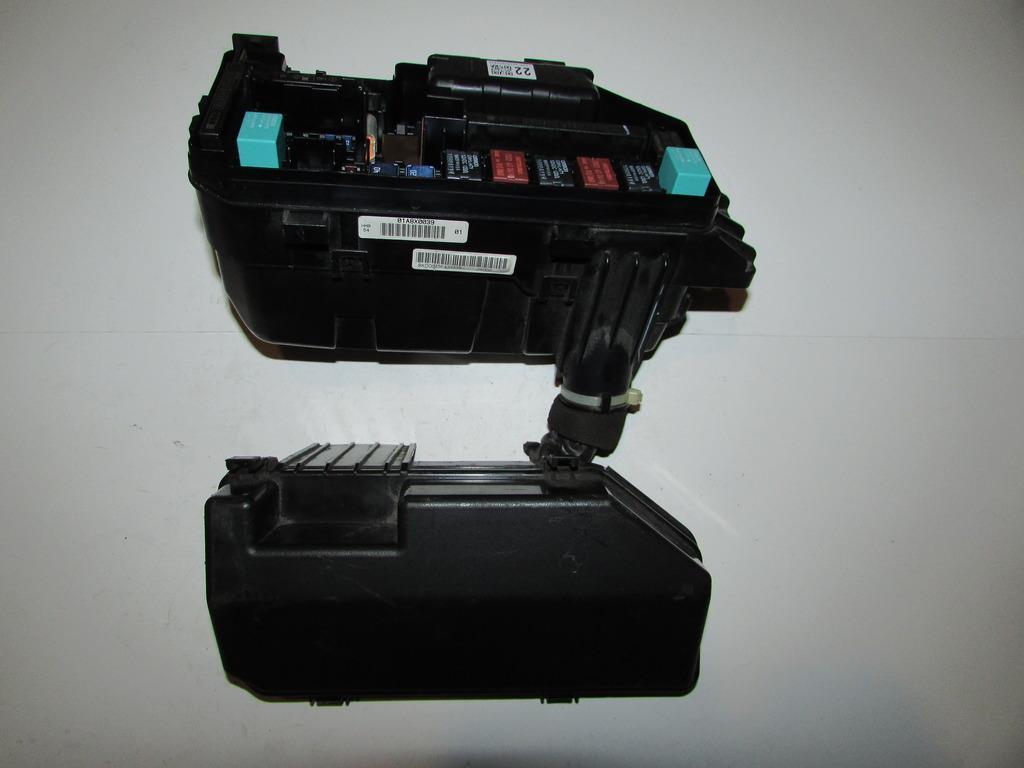 Honda accord coupe l under hood relay fuse box