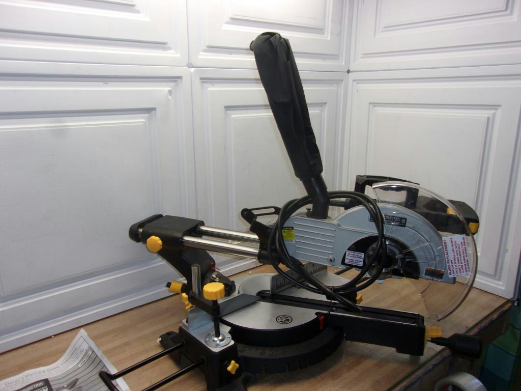 Chicago Electric 61971 10 in. Sliding Compound Miter Saw ...