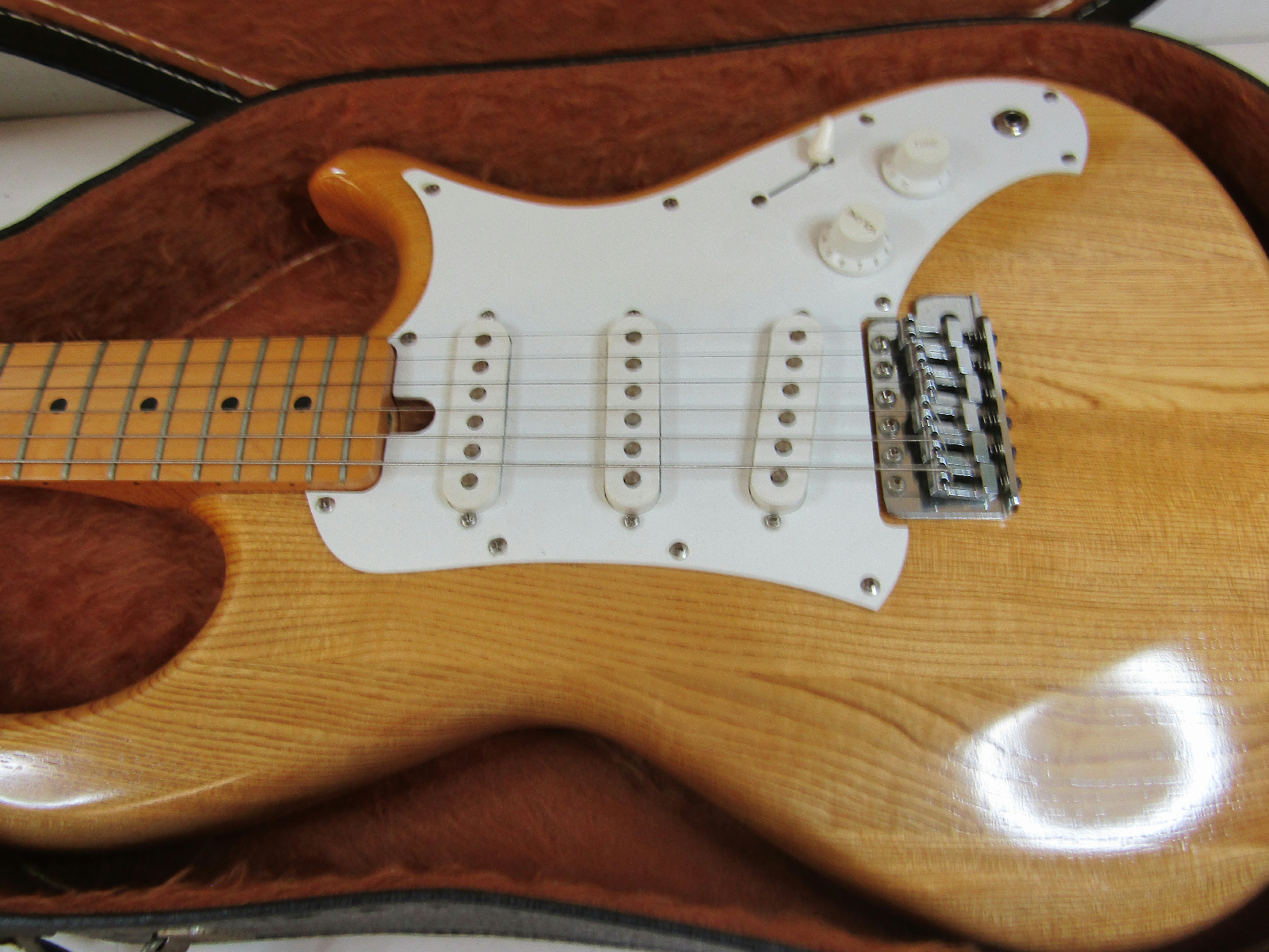 aria pro 2 rs series electric guitar strat type wood finish hard case ebay