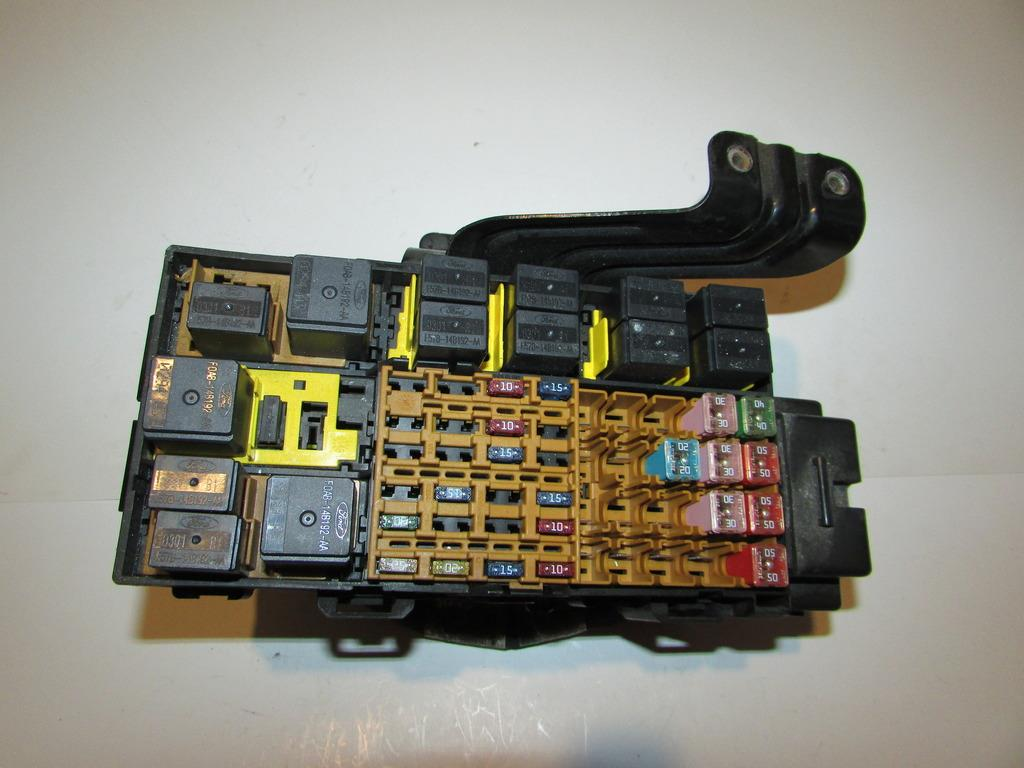 2001 Ford Explorer Sport Fuse Box Great Design Of Wiring Diagram 2002 Trac 99 01 2 Door V6 4 0l Under Hood Relay