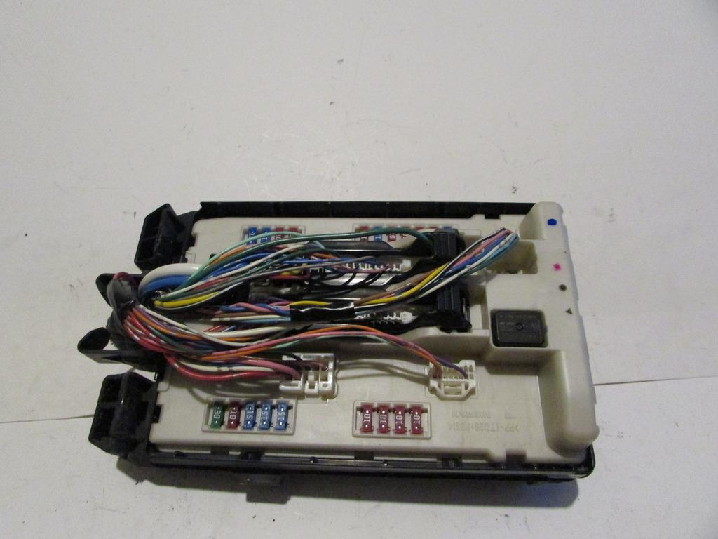 07-12 Infiniti G35 BCM Body Control Module Sedan Under hood Relay Fuse Box  #1477