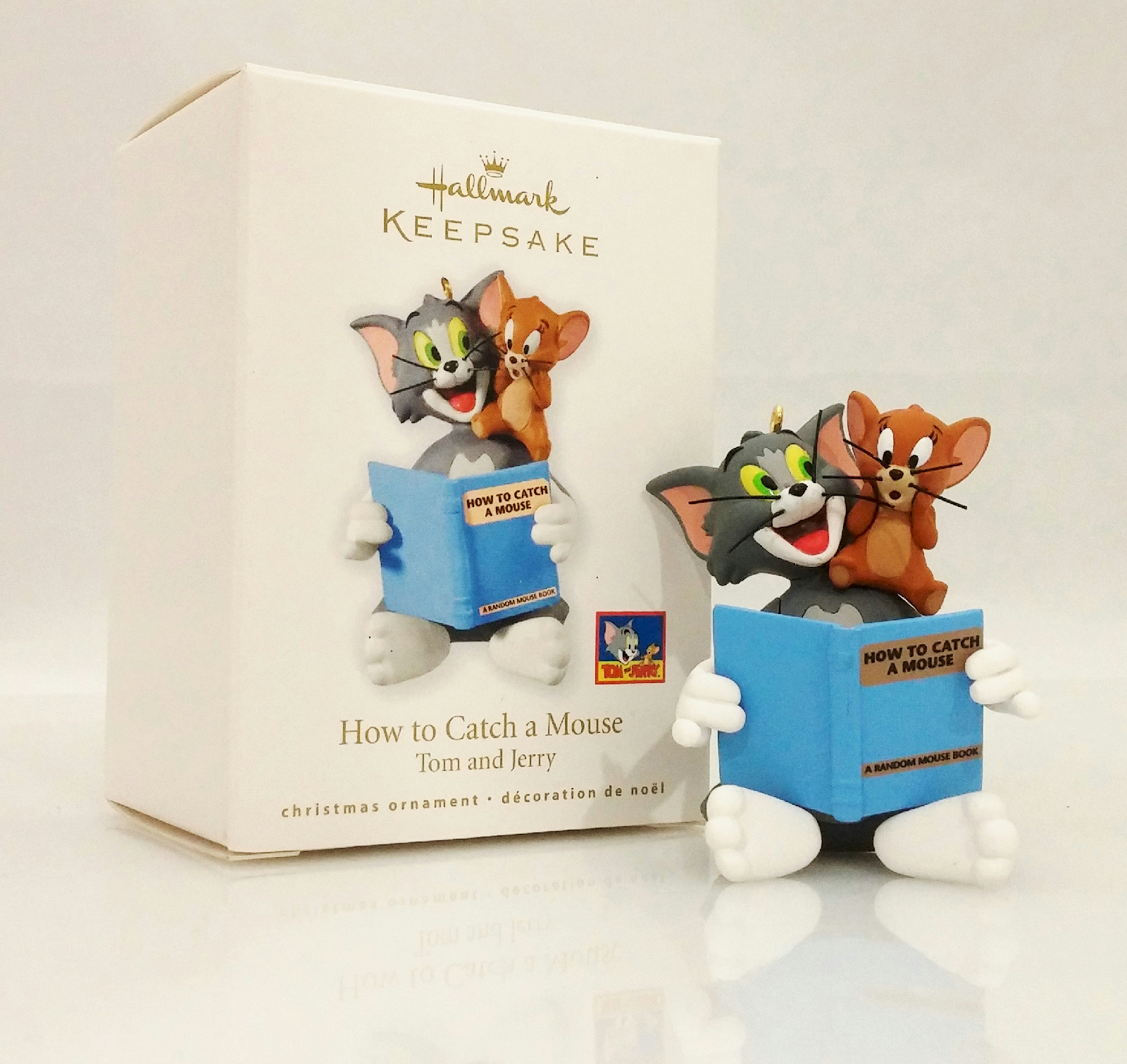hallmark keepsake ornament 2010 how to catch a mouse tom and jerry qxi2143 ebay. Black Bedroom Furniture Sets. Home Design Ideas