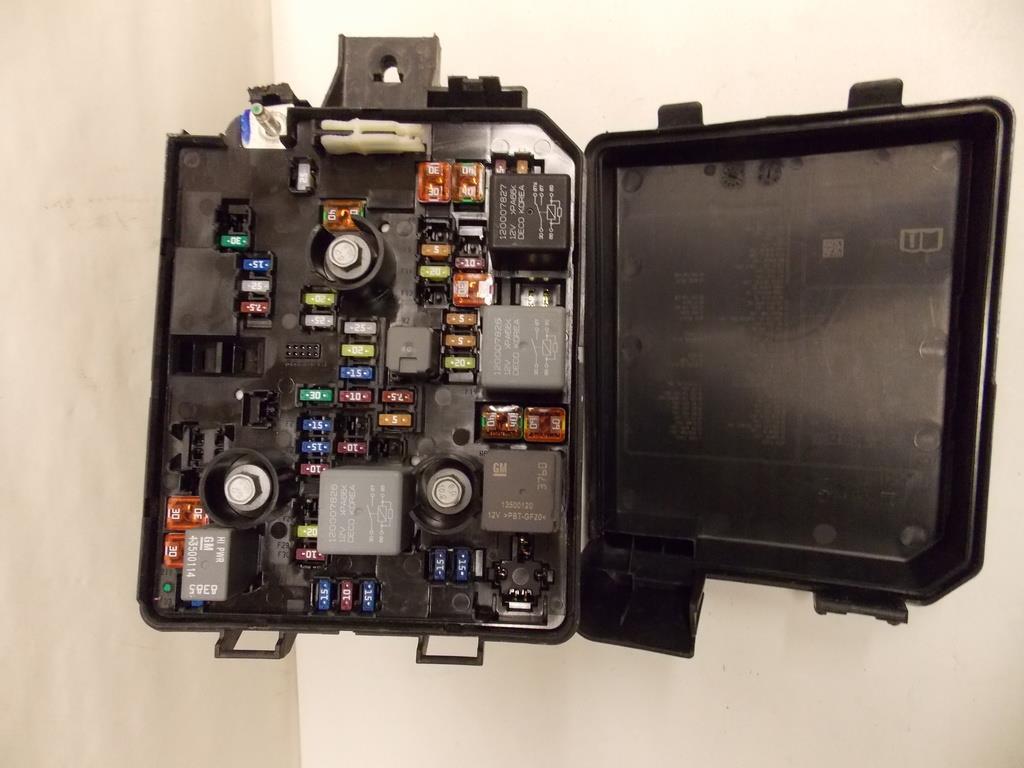 16 16 chevy trax 1 4l i4 mfi under hood relay fuse box. Black Bedroom Furniture Sets. Home Design Ideas