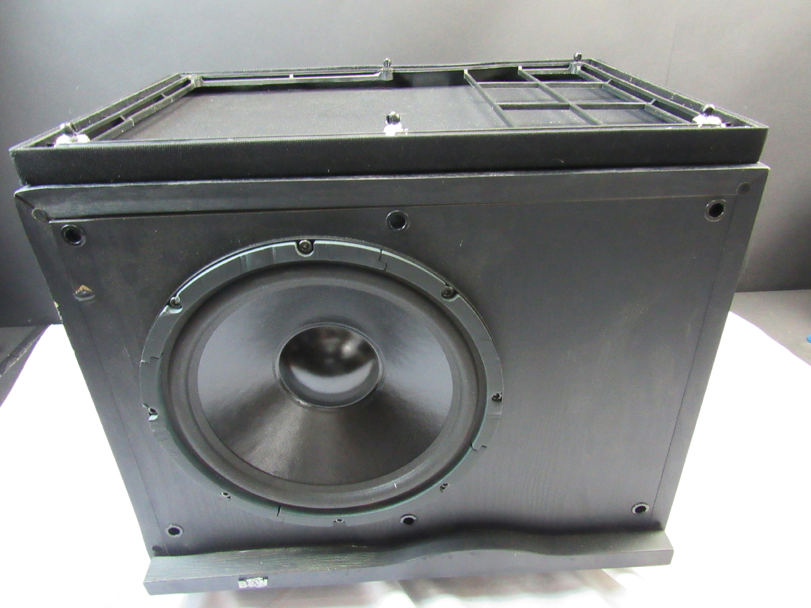 bowers wilkins asw 1000 active subwoofer b w b w sub. Black Bedroom Furniture Sets. Home Design Ideas