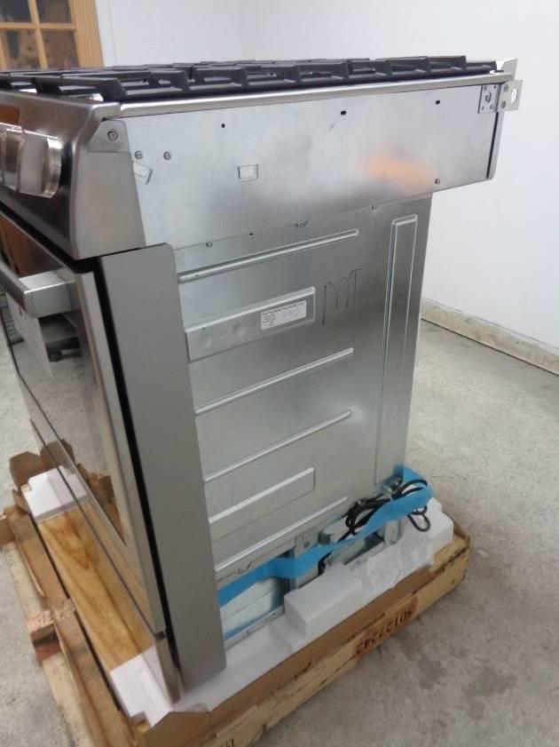 Bosch Countertop Stove : BOSCH Benchmark Series HGIP054UC 30