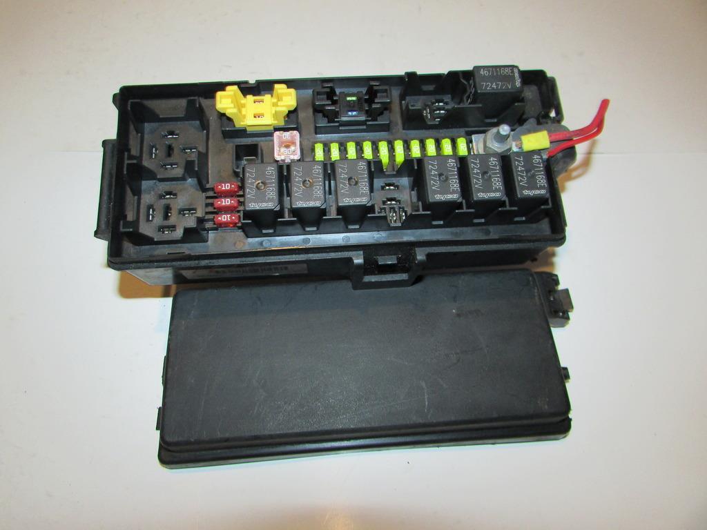 28279506 06 06 jeep commander 5 7l v8 sfi limited under hood relay fuse box,20 Jeep Commander Fuse Box