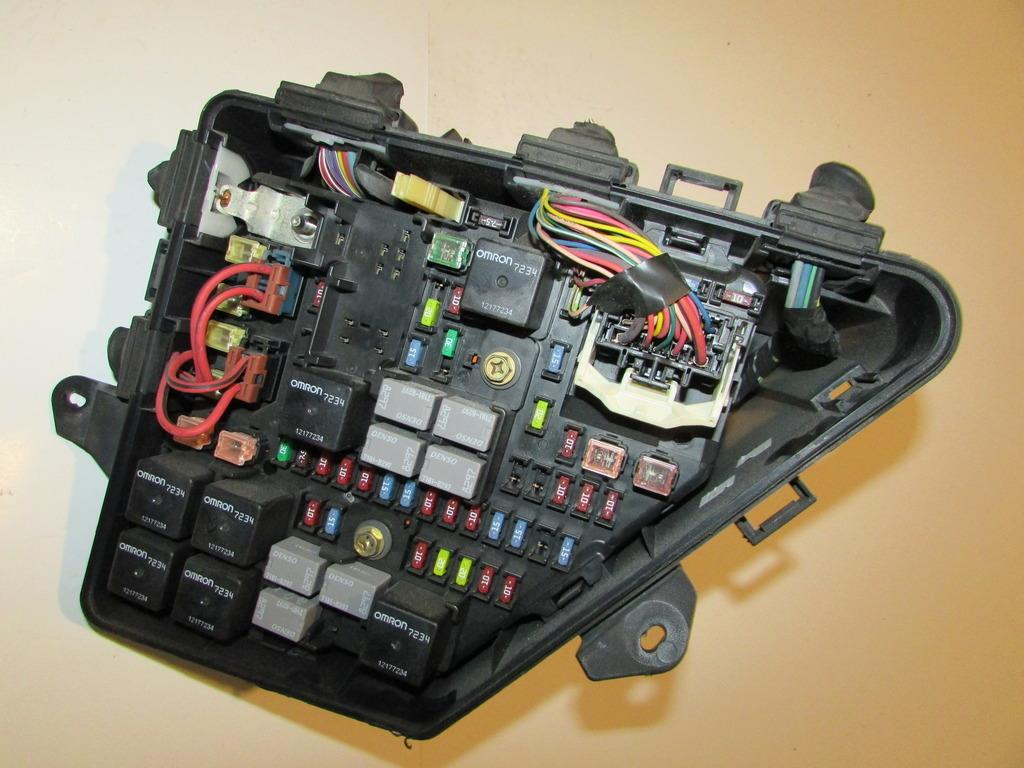 fuse box for 2006 cadillac cts fuse box for 2008 cadillac dts