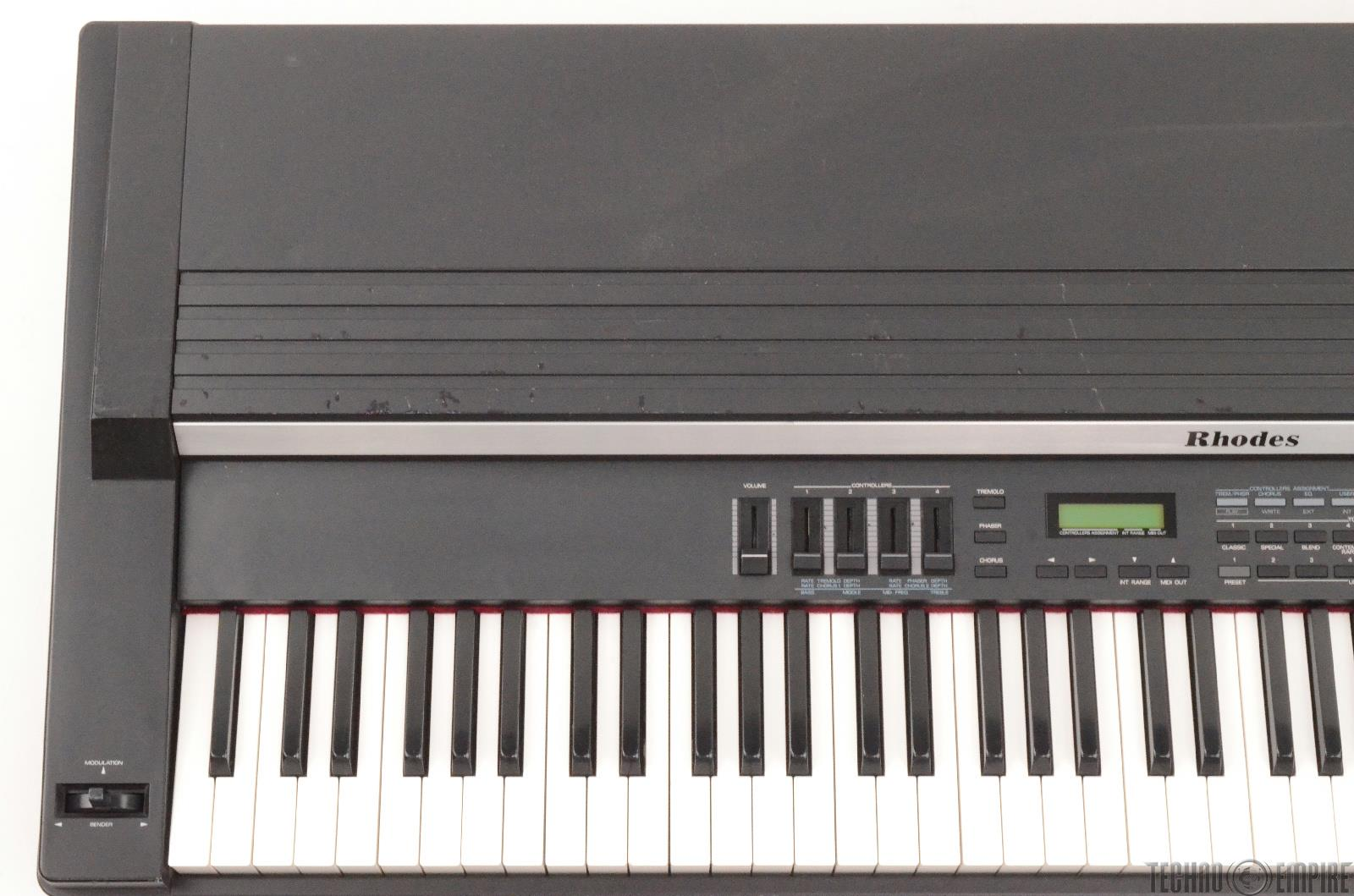 rhodes mk 80 digital electric piano weighted 88 key keyboard by roland 26125. Black Bedroom Furniture Sets. Home Design Ideas