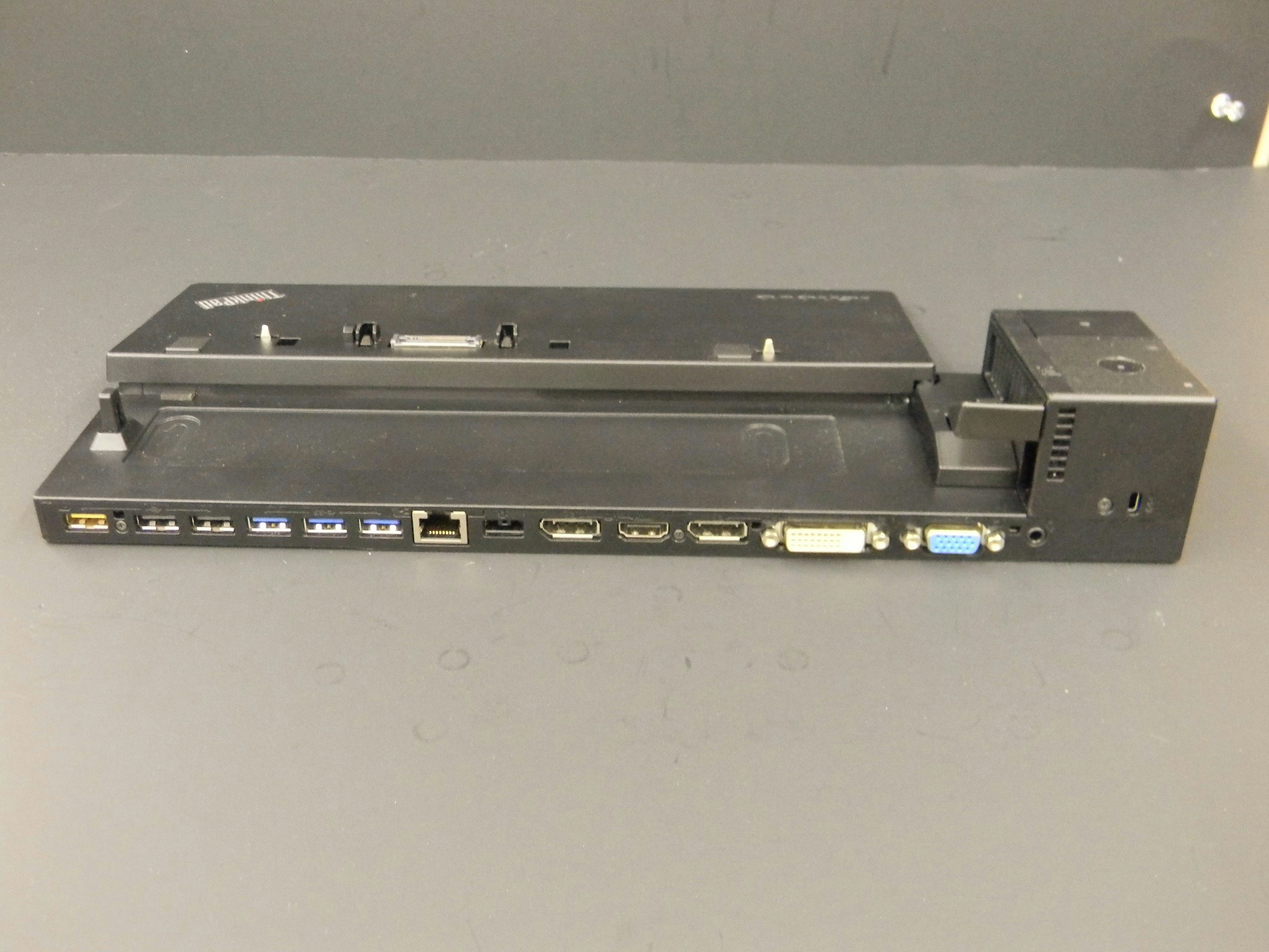 Details about Lenovo ThinkPad Ultra Dock Type 40A2 Docking Station  SD20A06041