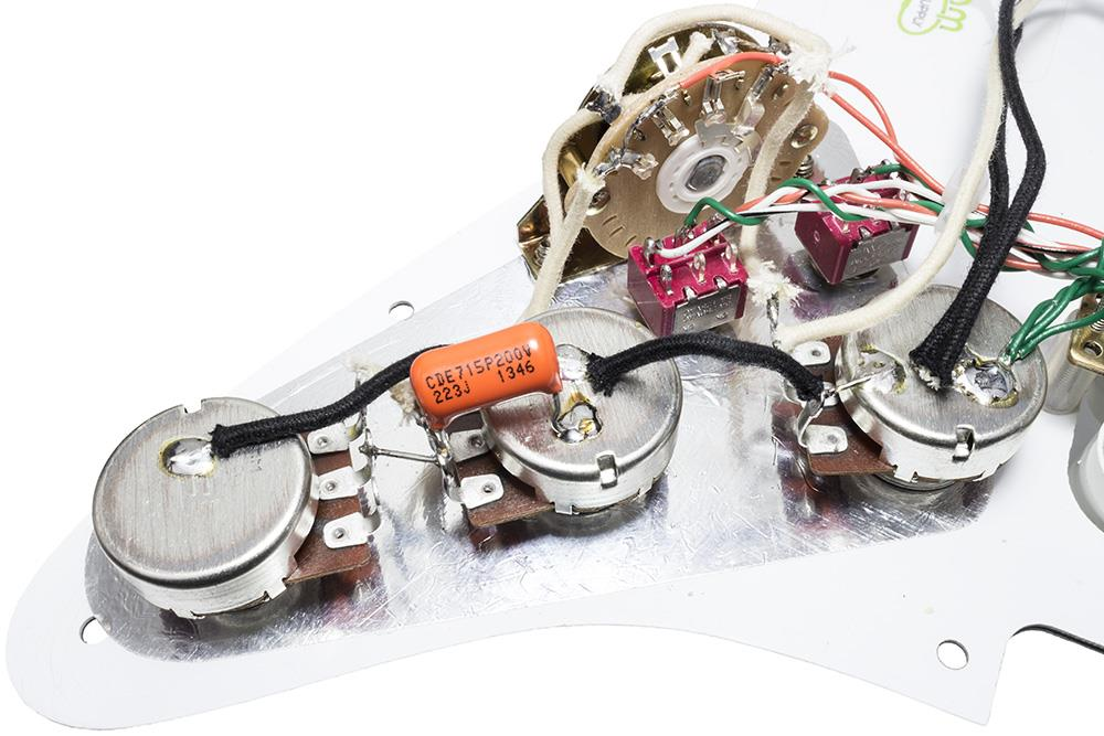 loaded hh strat pickguard w gold lace sensor splittable