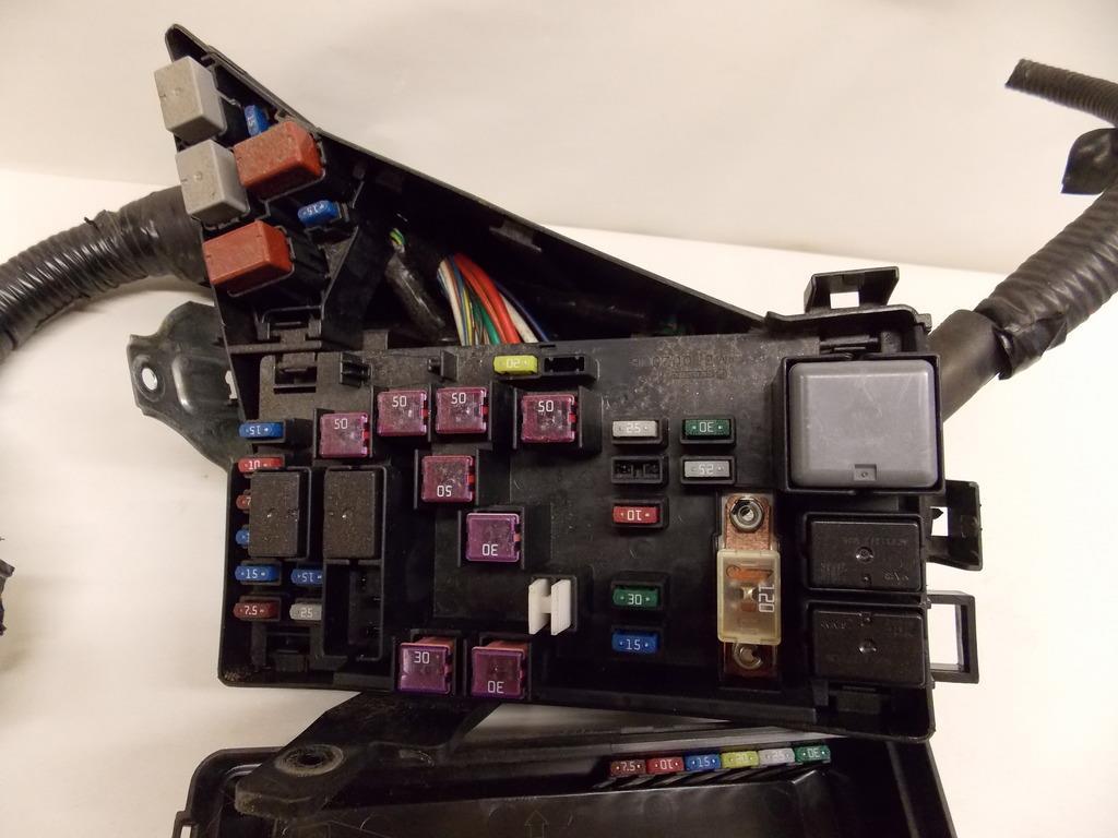 03 06 Kia Sorento 35l Under Hood Relay Fuse Box Block Warranty Problems 1667