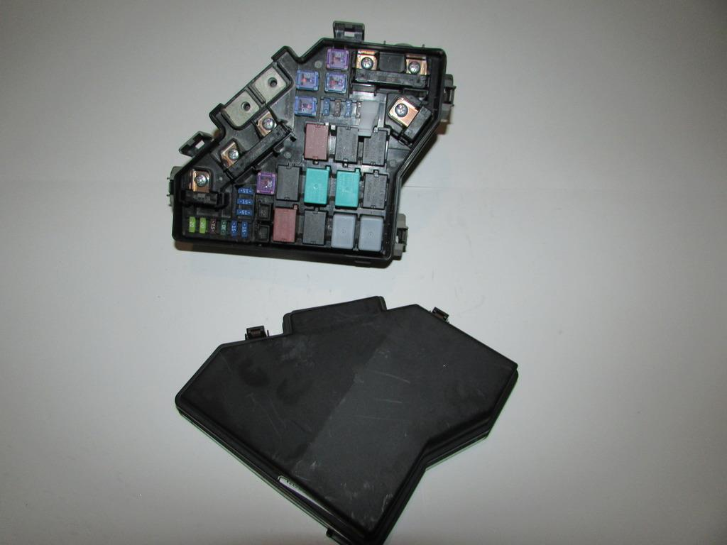 07 11 Honda Crv 24l Bajo Cap Rel Caja De Fusibles Bloque Fuse Box Under Hood Relay Block Warranty 1739