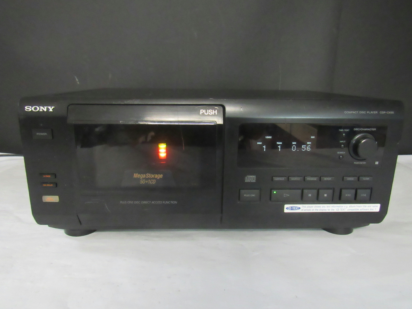 sony compact disc player cdp cx55 no remote. Black Bedroom Furniture Sets. Home Design Ideas