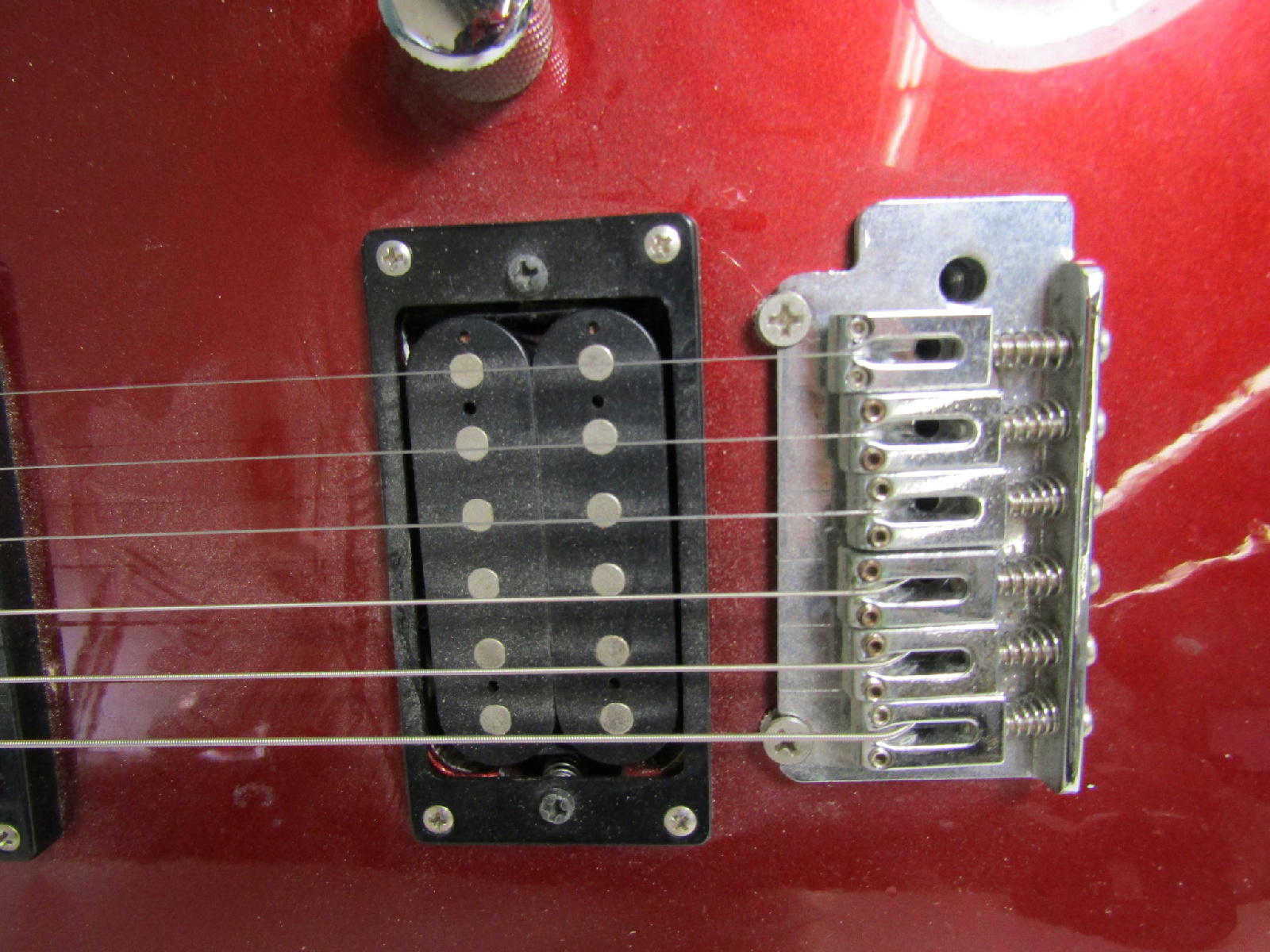 jackson electric guitar red strat rg style cracked parts. Black Bedroom Furniture Sets. Home Design Ideas